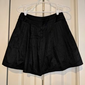 The Limited Black A-line Pleated Skirt
